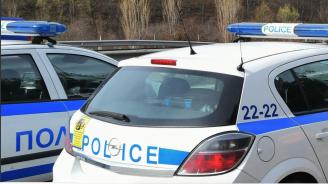 Шофьор на влекач заспа и катастрофира край Търговище