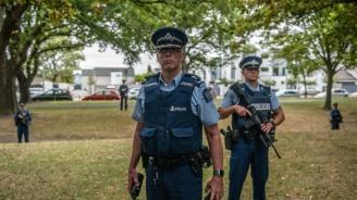 Заподозреният за стрелбата в джамията в Норвегия е признал за нападението