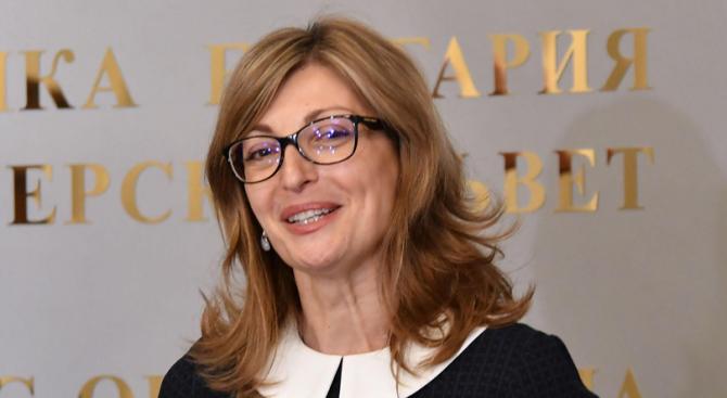 По покана на Екатерина Захариева за първи път в България пристига йордански външен министър