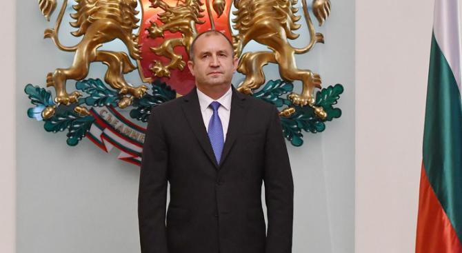 Снимка: Държавният глава назначи Калоян Методиев за началник на своя кабинет