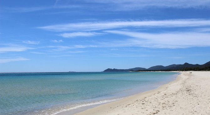 Снимка: Кражба на пясък от Сардиния: френски туристи заплашени със затвор