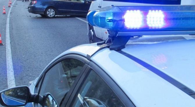 Снимка: Петима пострадаха при катастрофа в Плевенско, сред тях има и дете