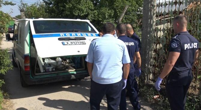 Хасковски спецполицаи разбиха нарколаборатория за отглеждане на канабис. Вчера рано