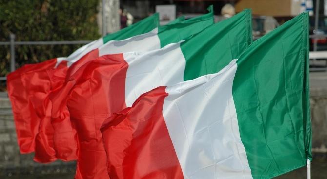 Италия и Матео Салвини се изправят пред несигурност след оставката