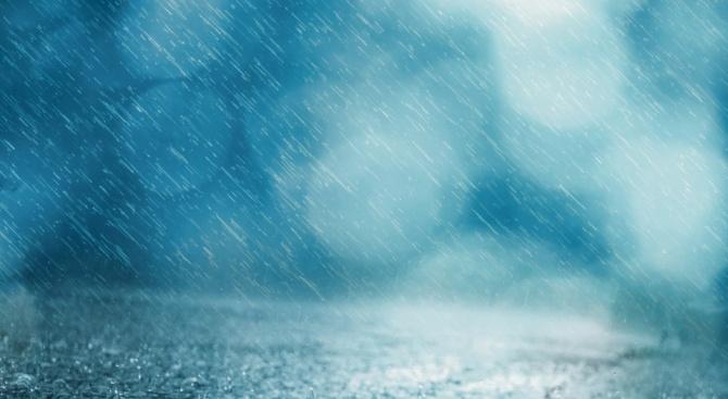 Нови проливни дъждове се очакват днес в района на Истанбул,