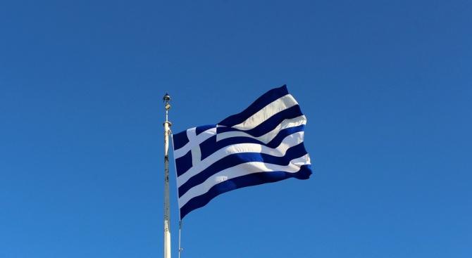 """Гърция спря """"златните пенсии"""""""
