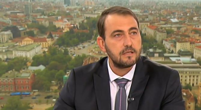 Чавдар Маринов: Подготвяме обратно начисляване на ДДС за плодовете и зеленчуците у нас