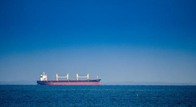 """Иранският петролен танкер """"Адриан Даря 1"""", за който САЩ издадоха"""