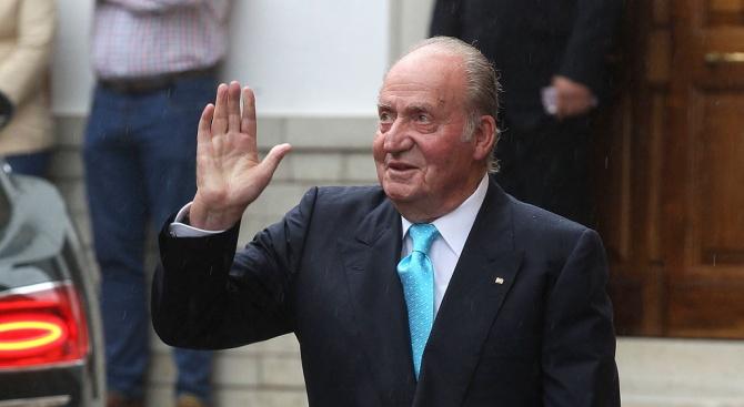 Абдикиралият крал на Испания Хуан Карлос, който е на 81
