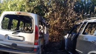 Два автомобила изгоряха във Варна