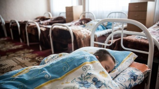Украинец отвлече и изнасили момчета, обиждали сина му