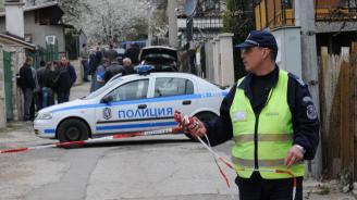 Двама пребиха мъж с бухалки в Димитровград