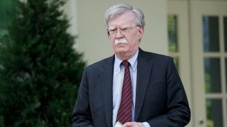 Джон Болтън обвини Китай в опити за сплашване в Южнокитайско море