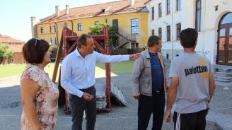 Кметът на Банско инспектира ремонтните дейности в начално училище ''Св. Паисий Хилендарски''