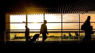 Засилени мерки за сигурност на летищата след бомбени заплахи вчера