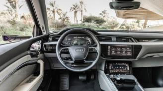 SUV-манията продължава да владее всички класове, дори и луксозния