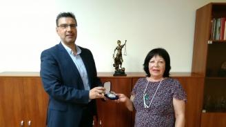 Дългогодишен прокурор от Окръжна прокуратура – Бургас бе награден с отличие