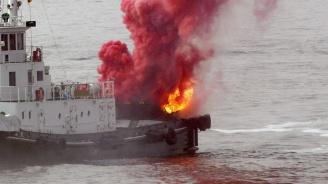 Руски кораб пламна. Има убит