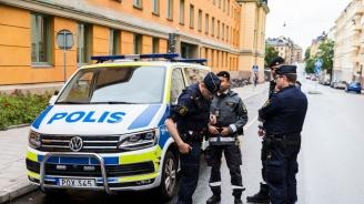 Шведските власти арестувахаоще двама завзрива пред данъчната служба в Дания