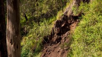 Опасност от падащи камъни има в Родопската част на Пазарджишко