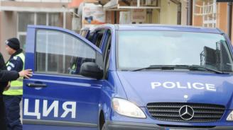 Мъж наръга съпругата си в Петрич