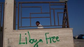 Ракета порази паркинга на летището в Триполи; полетите спряха за три часа