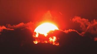 Утре ще е слънчево, около и след пладне - горещо