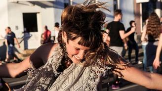 Хиляди танцуваха по улиците на Берлин в името на толерантността