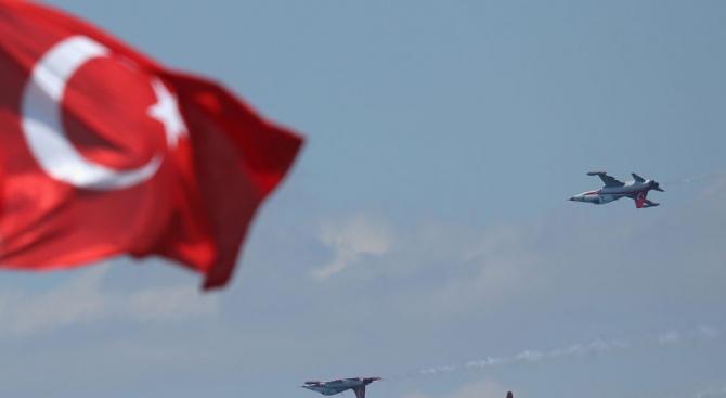 Петима генерали от турската армия са подали оставки, съобщи турският