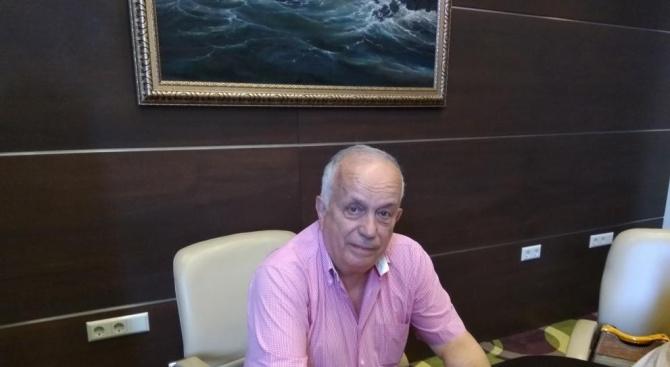 Доц. Светослав Ханджиев: Важно е храната да ви носи удоволствие!