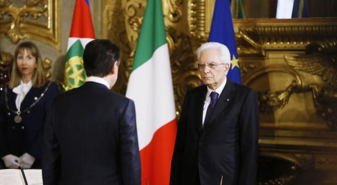 """Италианското Движение """"Пет звезди"""" поиска от президента Серджо Матарела да"""