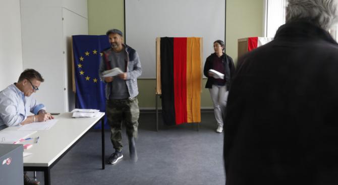 Ключови избори ще се проведат днес в източните германски провинции Саксония и Бранденбург
