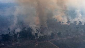 Жаир Болсонаро обвини неправителствени организации, че са отговорни за пожарите в Амазония