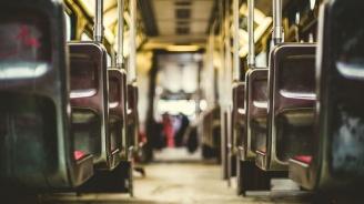Поставянето на колани в по-старите автобуси все още не е започнало