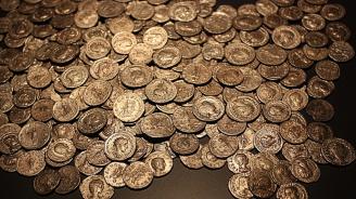 Откриха монети от XI в. на стойност 5 млн. британски паунда