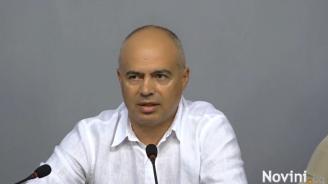 Свиленски: Асфалт не се яде, но се краде