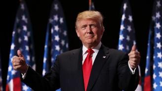 Тръмп отрече твърденията, че в голф клуба му в Маями има дървеници