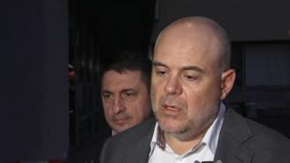 МВР и прокуратурата с последни подробности за зверското двойно убийство, задържани са двама