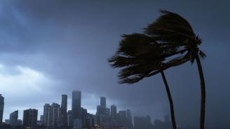 Обявиха извънредно положение във Флорида заради урагана Дориан