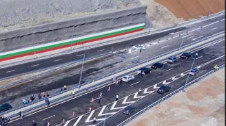"""Пускат две ленти от АМ """"Струма"""" край Дупница по посока на интензивния трафик през уикенда"""