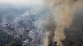 Бразилският външен министър и синът на Болсонаро са на посещение в САЩ заради амазонските пожари