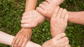 Бъдете добри и щедри (или Време за активни, напористи действия)