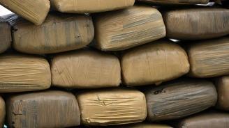 Над 137 килограма хероин хванати в микробус в Източна Турция
