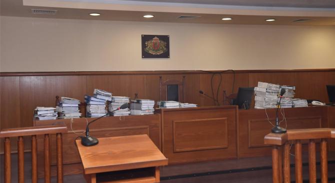 Районният съд в Сливен постанови задържане под стража на 68-годишния