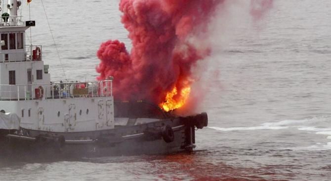 Огнената яхта край Калифорния: 25 жертви