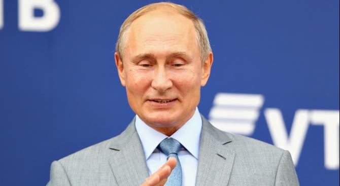 Руският президент Владимир Путин се разплакал, когато е чул химна