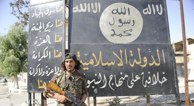 """Седем души са арестувани в Гърция за връзки с """"Ислямска държава"""""""
