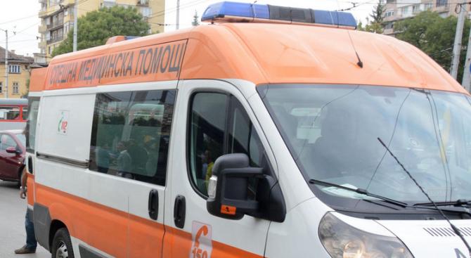 Кола блъсна момиче на Петте кьошета в София