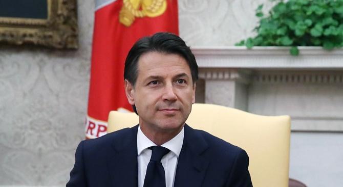 """Новото коалиционно правителство на Италия, подкрепяно от """"Движение 5 звезди"""""""