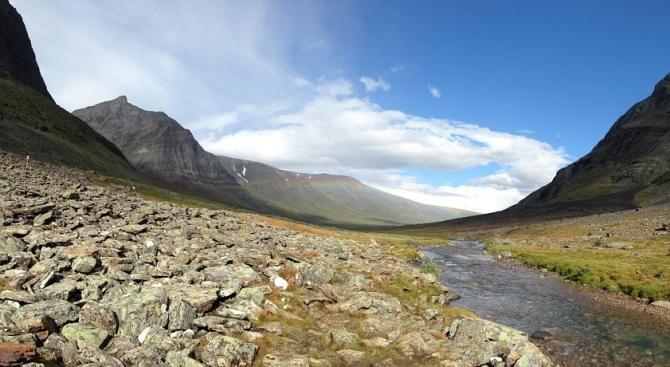 Швеция вече има нов най-висок планински връх. Причината за промяната